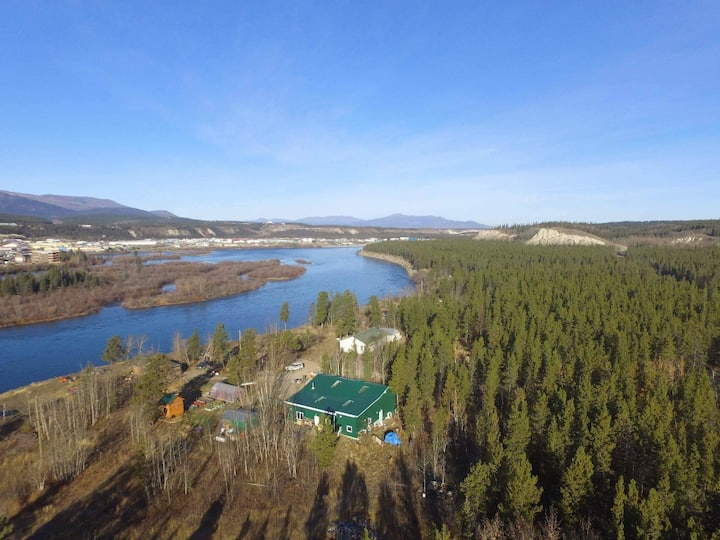 Yukon River Farm: Getaway