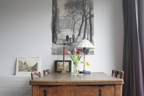 Garden view studio in family home