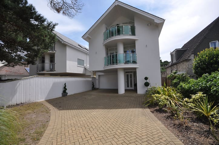 Allure - Sandbanks - Poole - House
