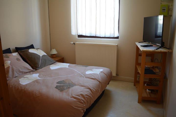 chambre, canapé-lit 2 places