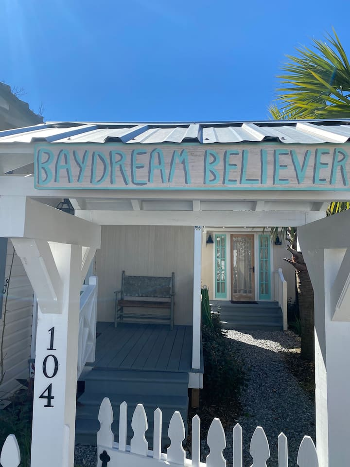 Baydream Believer A  Bay St Louis Gem Private Lane