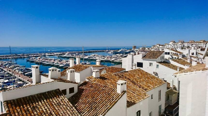 Great located apartment in Puerto Banus Harbour