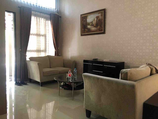 best Rent 3BR +1 BR Housing cluster sentul area