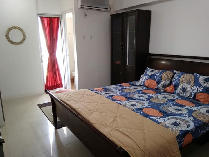 Comfy space near tebet station and bassura mall