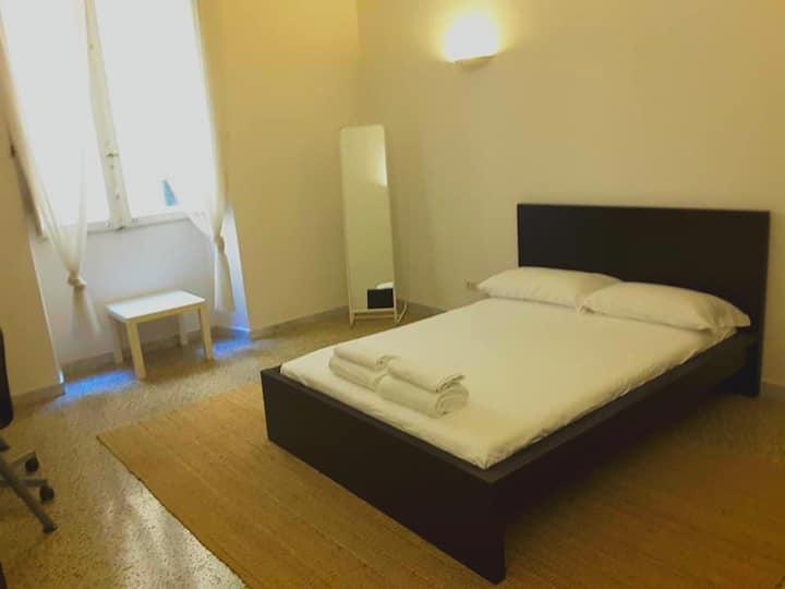 Cozy Private Room next to Tiburtina station