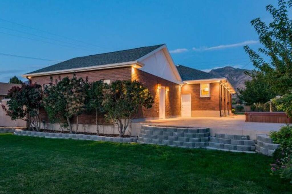 Charming Home Near Downtown Ski Areas Houses For Rent In Salt Lake City Utah United States