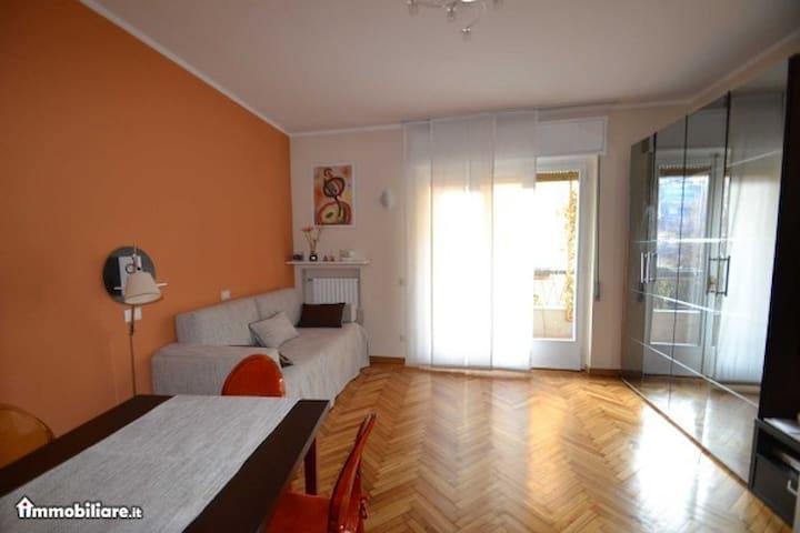 Studio Flat Corso Vercelli