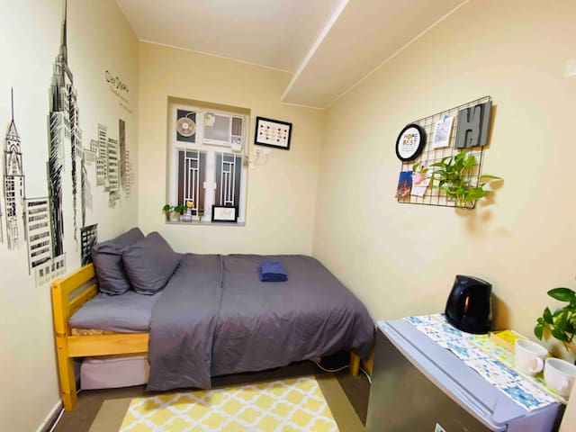 Homey Studio Hong Kong next to HKU MTR station