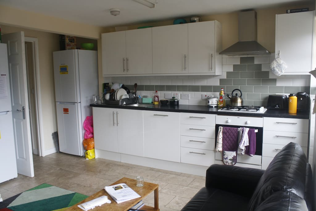 Kitchen/living space available