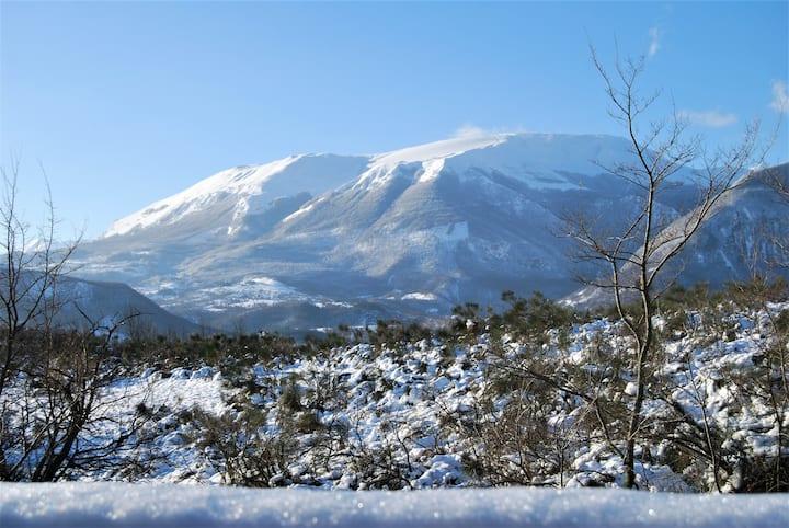 Luminosa mansarda nel cuore dei Monti Sibillini