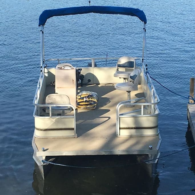 This is the Pontoon boat that is available with your booking from May 13th - September 9th.