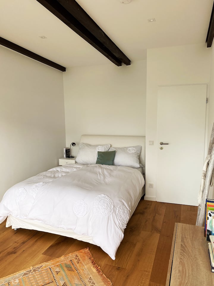 Lovely room close to Rhine