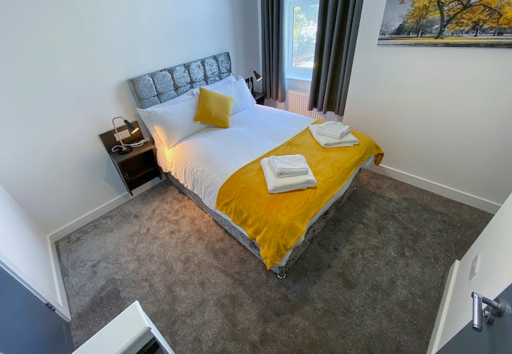 Piccadilly by Pureserviced Superior en-suite rooms