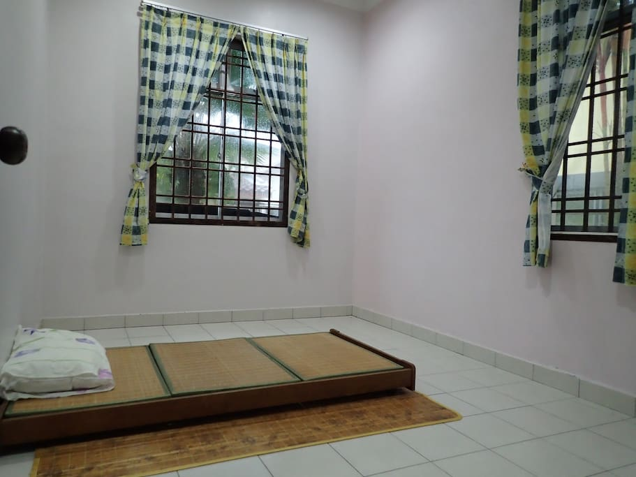 3rd Bed Room with Japanese Tatami