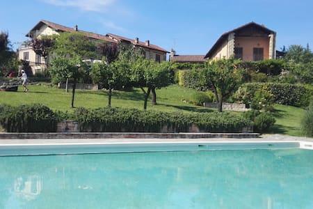 Casa Verde in complesso con piscina