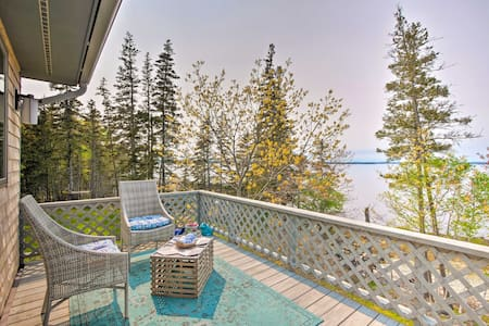 Bayfront Designer Home w/ Deck+Private Beach!