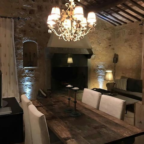 Case di Civita  per 4 - Civita - บ้าน