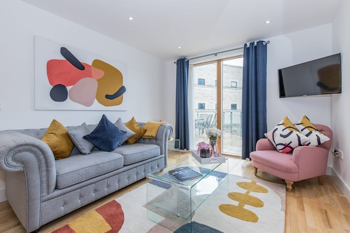 ★Oxford Castle apartment with large sun terrace  ★