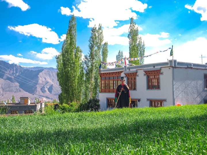 Nyanjan-2 (Private Room - Himalayan Farmstays)