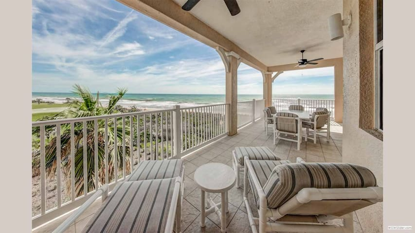 CBR445 - Cinnamon Sunshine offers the best ocean view in the Whole Complex