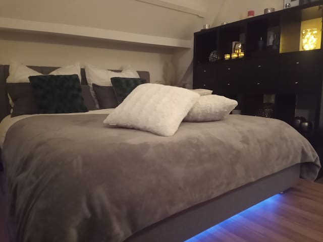 Cozy and comfortable Master Bedroom with Queensize bed and walk-in wardrobe