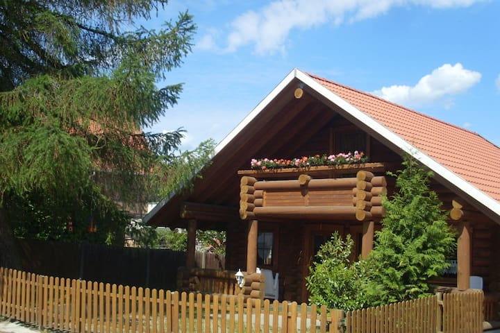 Separate Ferienwohnung in Dankerode mit Terrasse
