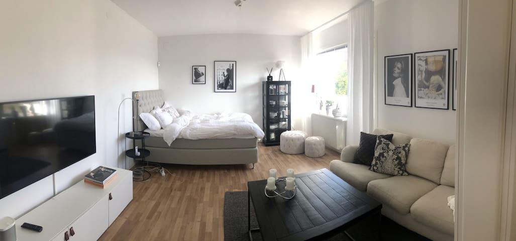 Hemtrevlig lägenhet i sommarstaden Halmstad