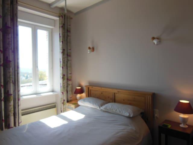 la Verrerie de Guerlédan 'Le Daoulas' Room