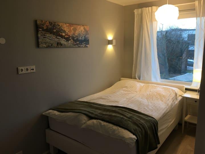 Urdarbakki 30 (Room 3)