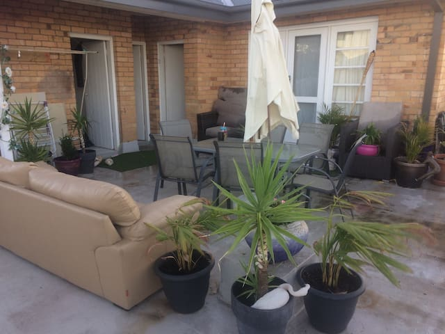 Great Rooftop Terrace apartment! - Ashwood - Apartment