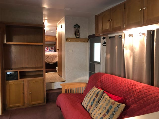 1Bedroom RV in Crater Lake's Backyard