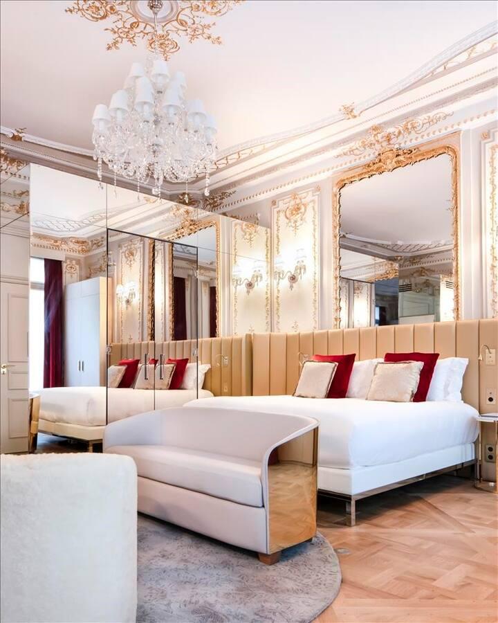 Suite Baron Haussmann Suite & Spa in 5* Hotel