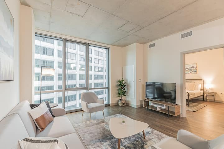 Spacious 1BR with  Walk Score 98