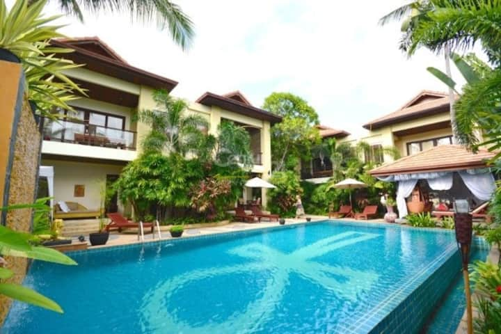 3 Bedroom Luxury Villa 2