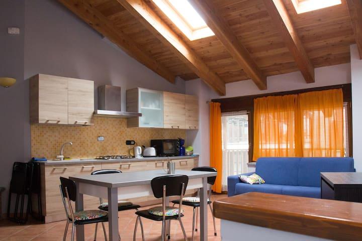 Appartamento rustico in montagna - Gravere - Cabana