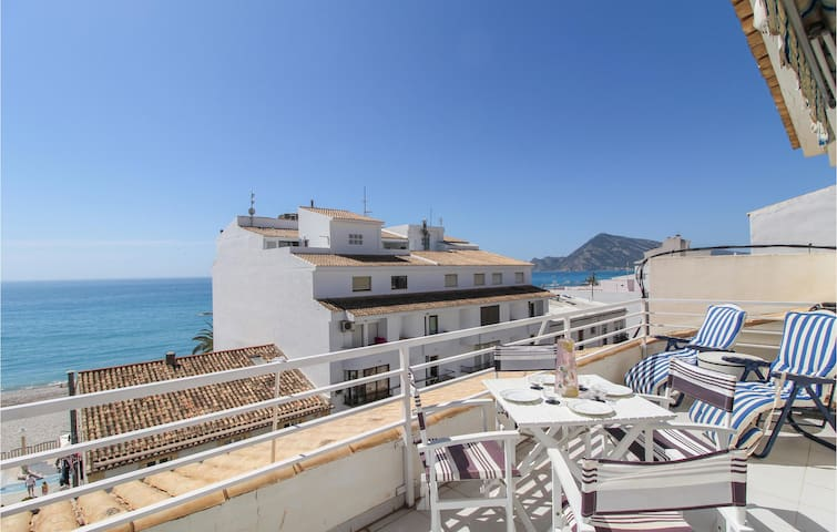 Holiday apartment with 2 bedrooms on 60m² in Altea