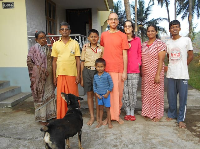 Stay with family sublet in india