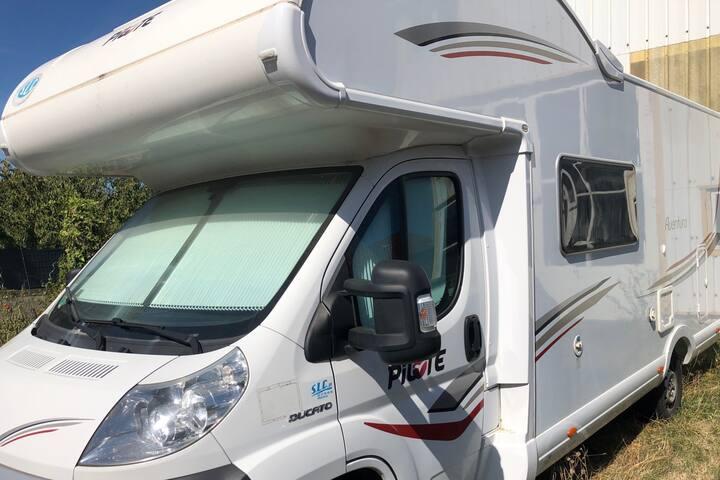 Logement atypique camping-car 10mn gares, IFSI