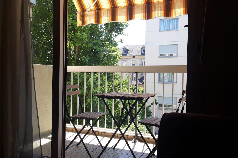 table d'extérieur / Outdoor table
