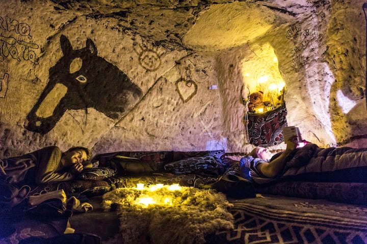 hakuna matata cave  little petra