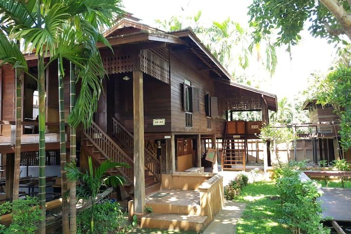Lanna Rice barn  (2 Bedroom)