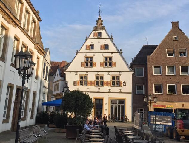 """Wohnung """"Johan"""" für 2-6 Gäste am Markt in Rheine"""