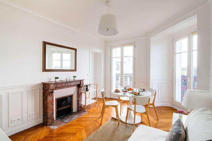 Bright and airy 2 bedroom flat - Sacré-Coeur views