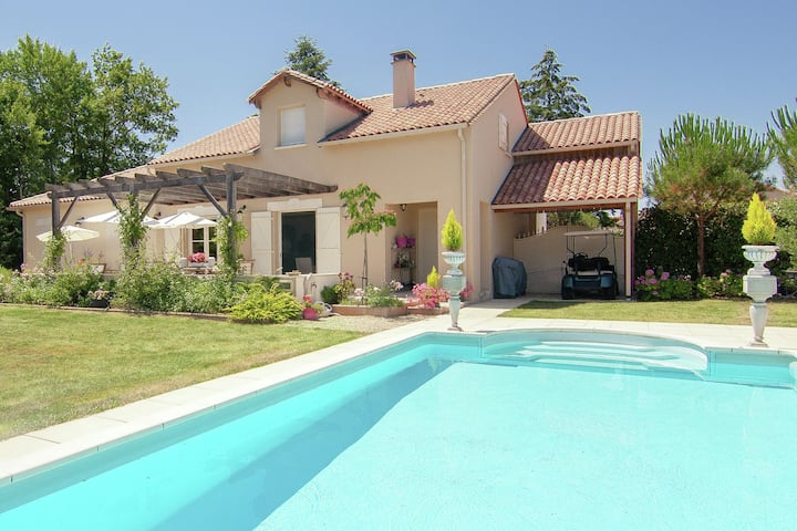 Luxury villa with heated pool on golf with lots of privacy and panoramic views.
