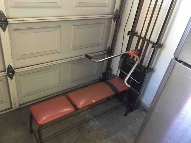 Bench press in garage