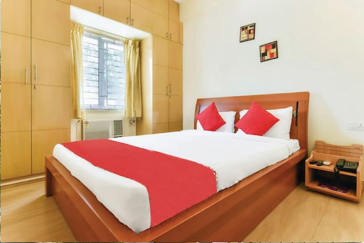 Compact Bedroom with Yummy Breakfast, Nandanam