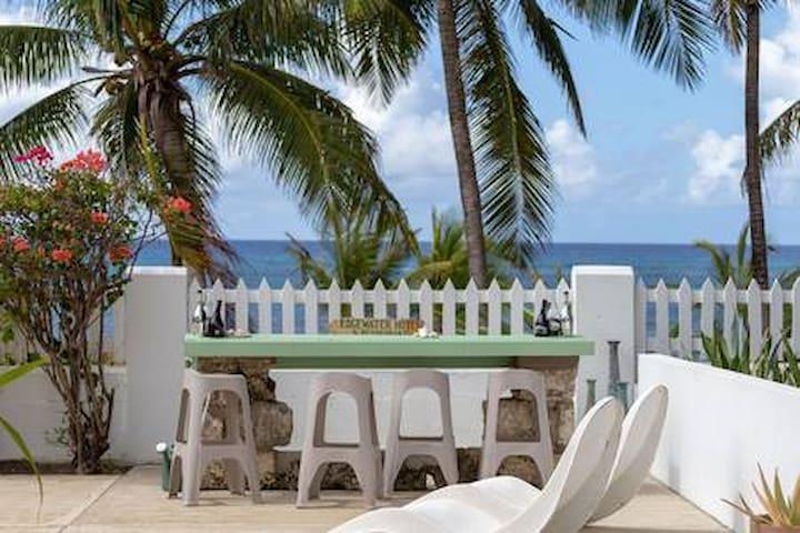 Ocean front 1 bedroom Studio at Coconut Bay