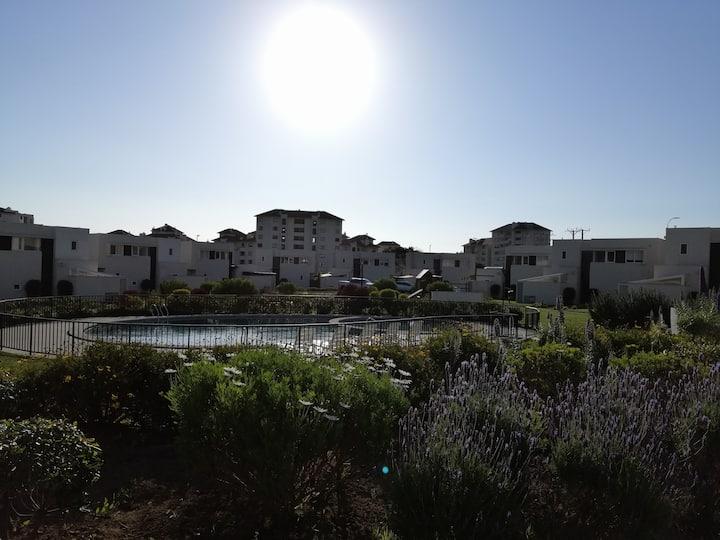 Hermoso departamento con  jardín privado