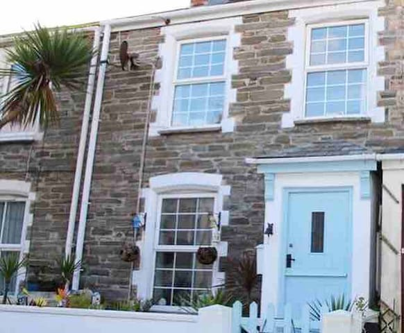 **Bluejay- Quaint Cornish Fisherman's Cottage**#
