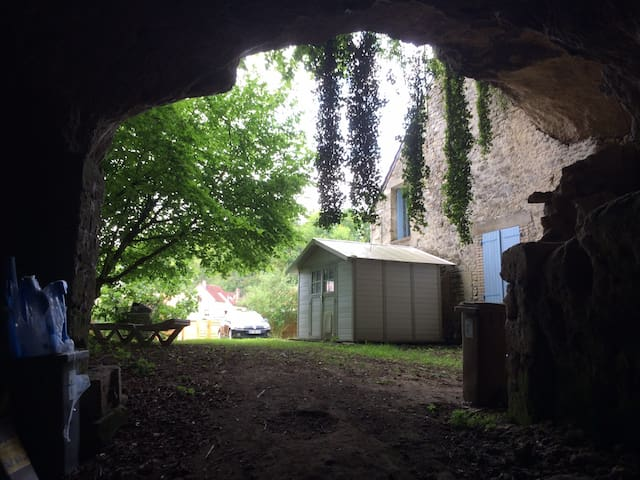 Vu depuis la grotte sur jardin